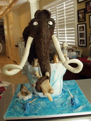 Angel Cakes Bakery: Ice Age Sculpted Cake