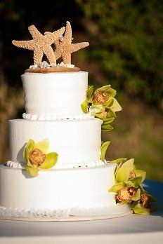 Coconut flavored wedding cake