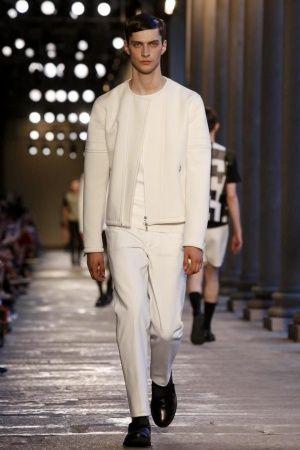 Neil Barrett Menswear Spring Summer 2014 Milan via nwf.sh/17uoVlL