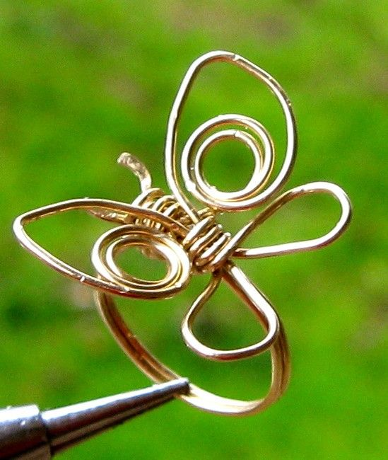 Butterfly Ring Tutorial  Sale. $5.00, via Etsy.