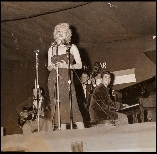 Marilyn Monroe photos emerge for #Korean Films Photos