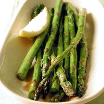 The mild taste of asparagus makes it perfect in both savory and tangy dishes. Plus, its a cinch to prepare.