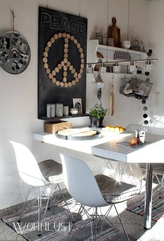 kitchen decor - Eames chair