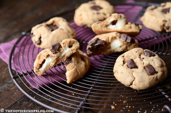 Peanut Butter Chocolate Chunk Cookies with a Marshmallow Center by @Matt Valk Chuah Novice Chef Blog {Jessica}