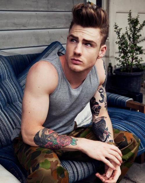 #ink #dude #tattoo #casual #hair #men #fashion #military #camo #biceps #suave