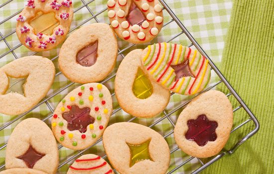 easter biscuits with a twist