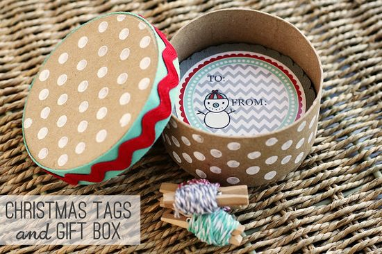 DIY Christmas Tag Gift Box with free printable