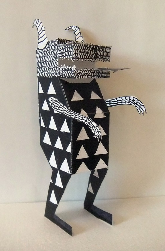 Paper sculpture (I love this guy!)