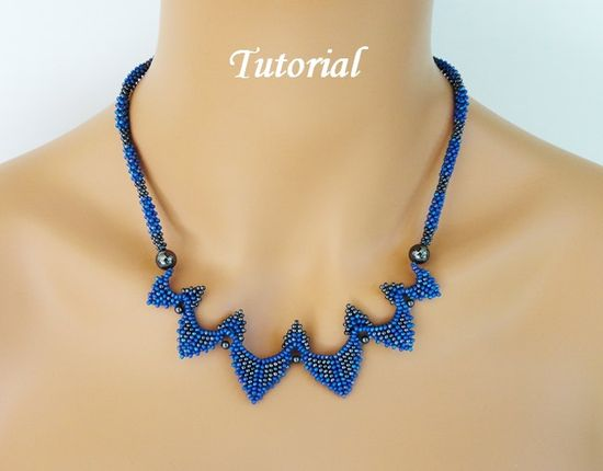 PDF for Sydney Necklace Beading PatternTutorial - beaded seed bead jewelry - beadweaving. $7,95, via Etsy.