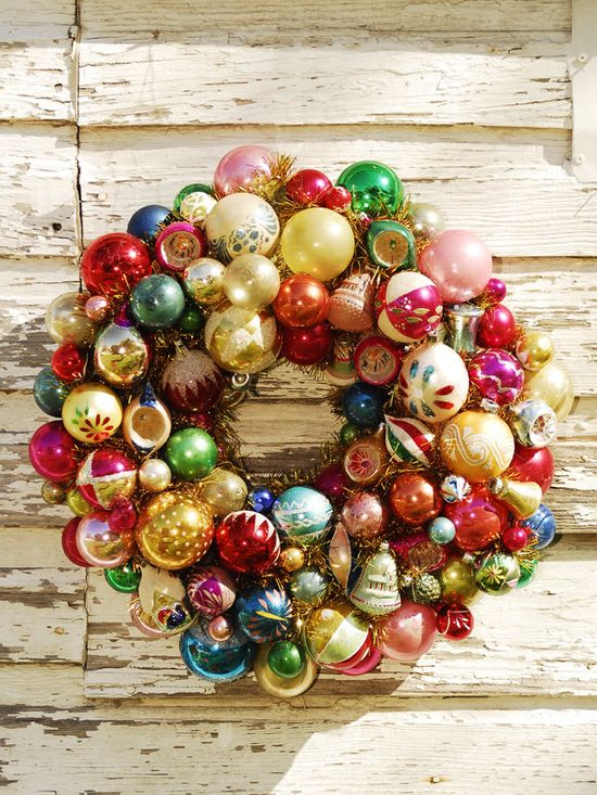 Ornament wreath - so cute! Great way to use broken ornaments.