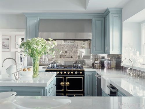 Oh so classy robin blue, black, and white kitchen.
