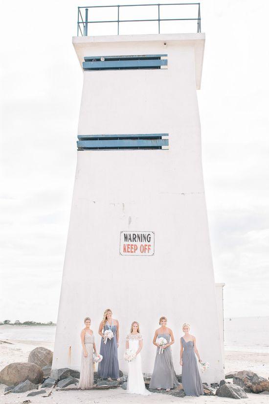 Beach wedding photo / Kelly Kollar Photography