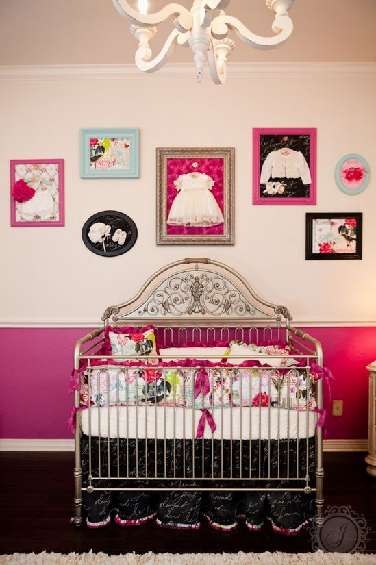 'Frame' your favorite baby outfits