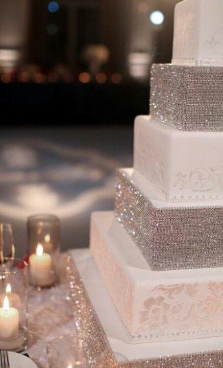 Gorgouse wedding cake. A lot of diamonds if you like it flashy!