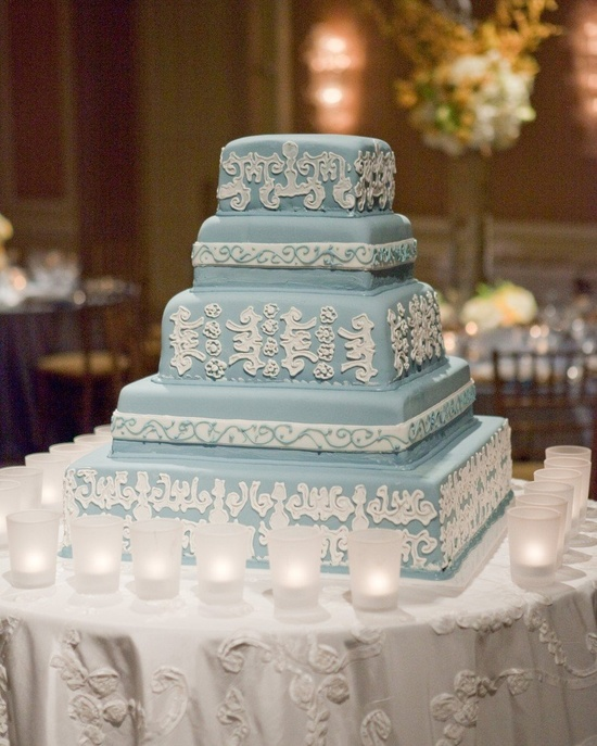 such an ELEGANT cake!!! Photography by kevinchin.com