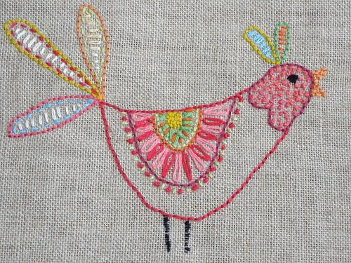 loving this bird - might need to do something like this on my bird quilt