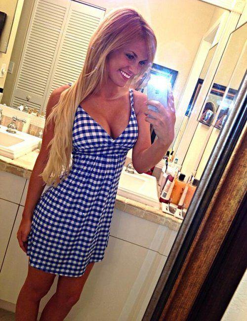 beautiful girl mirror photo