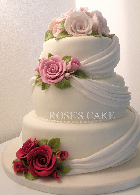 beautiful wedding cake #weddingcake