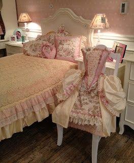Sweet Little Shabby Chic Bedroom - ideasforho.me/... -  #home decor #design #home decor ideas #living room #bedroom #kitchen #bathroom #interior ideas