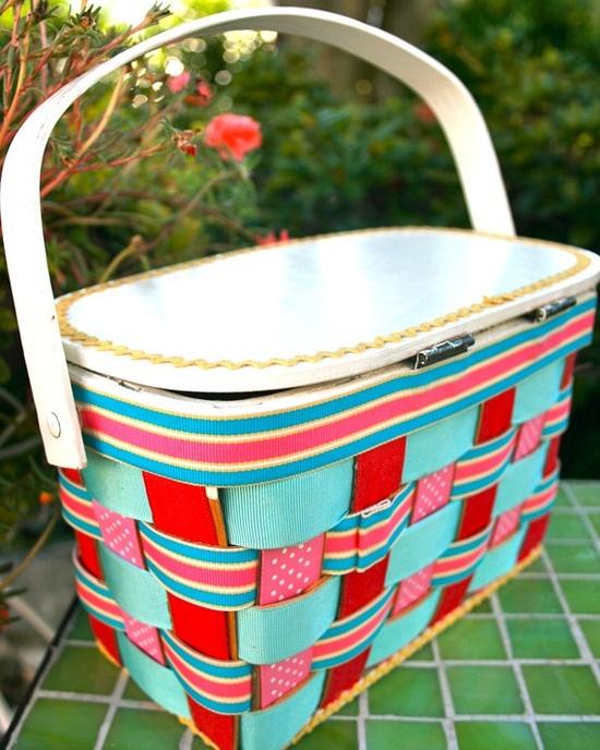 ribbon-weave picnic basket