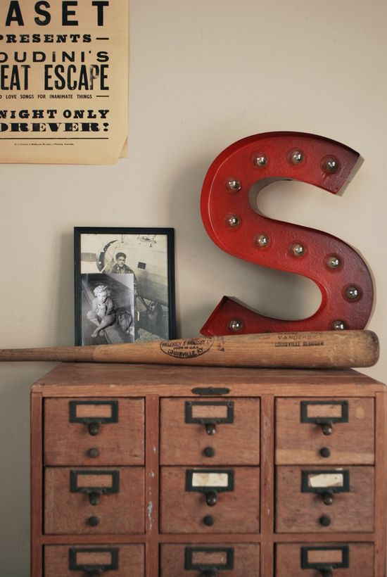 love the chest of drawers and the vintage metal letter