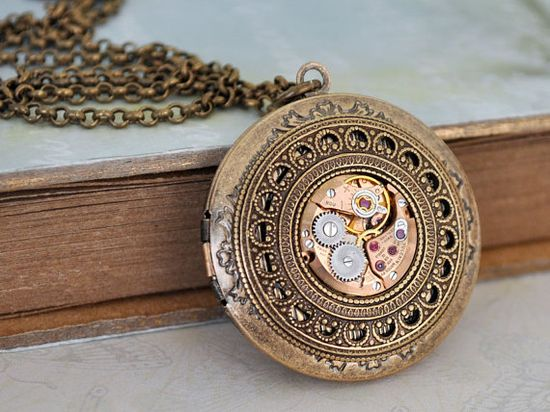 steampunk jewelry necklace THE TIME TRAVELER by junesnight on Etsy,