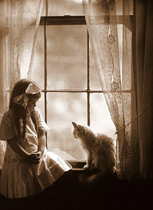 girl n cat