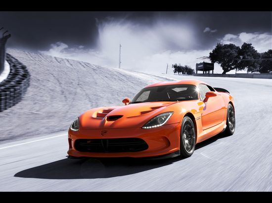2014 SRT Viper TA   The Viper is back.....