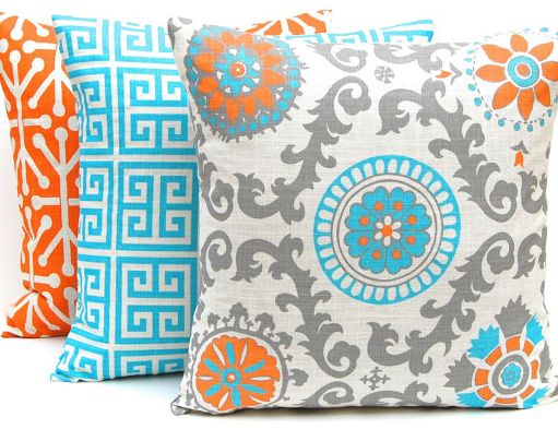 $100 pillow giveaway from Festive Home Decor