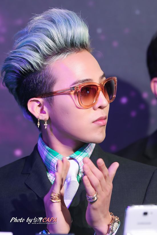 Besides Tae, Gd knows how to sport a mohawk