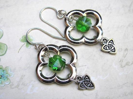 #Patricks #Earrings #Green #Clover #Swarovski #Crystal #Celtic #jewelry #thecraftstar $18.00