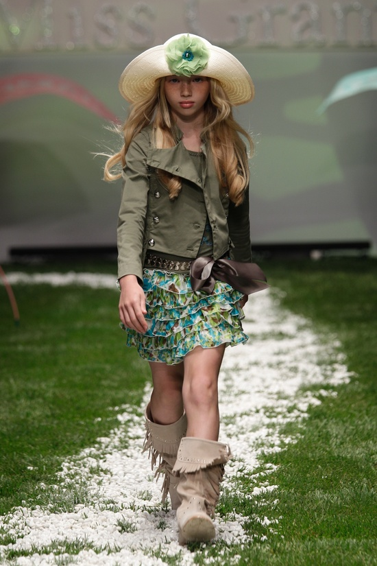 Miss Grant children's fashion for summer 2011 at Pitti Bimbo 71 Brooke could wear this style easily
