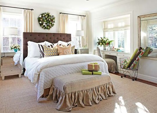 bedroom....burlap bench at end of bed