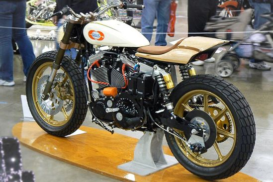 Web Surfer custom motorcycle by Mule Motorcycles