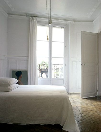 loving the simplicity of this bedroom white white white
