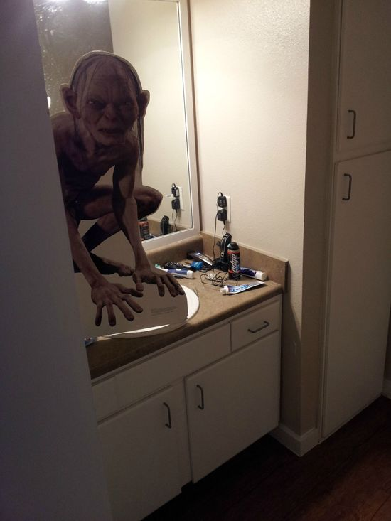 Woke up, half asleep, opened the door to the bathroom and my heart dropped down to my balls. Well played, roommate - Imgur