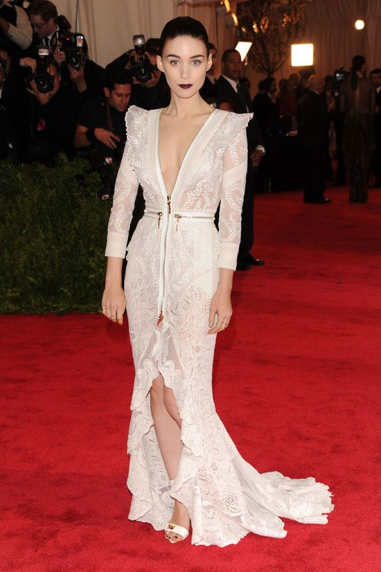Rooney Mara in Givenchy Couture by Riccardo Tisci