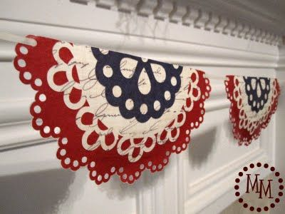 LOVE this doily banner!! You could do other holidays too by switching out the colors!