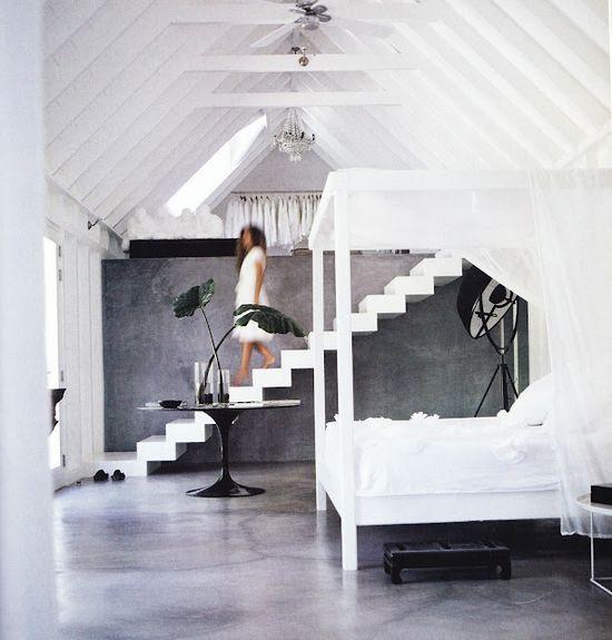 Loft Bedroom Decor & Design