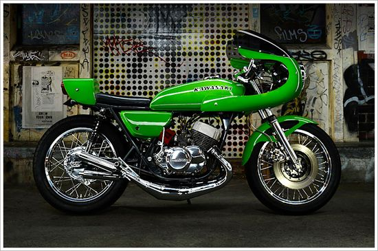 '76 Kawasaki KH500 - 'Kermit' - Pipeburn - Purveyors of Classic Motorcycles, Cafe Racers & Custom motorbikes