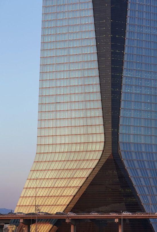CMA CGM Tower. ZAHA HADID ARCHITECTS.