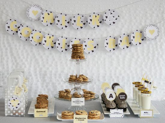 Milk and cookies table