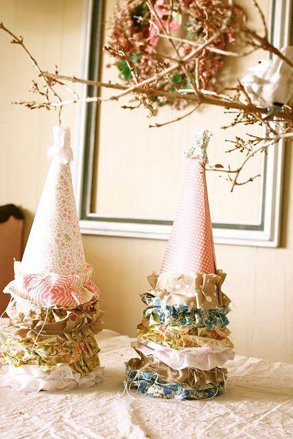 Ruffle party hats
