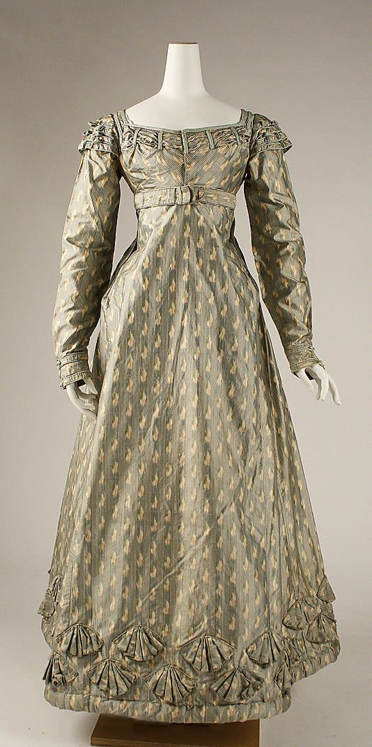 Dress 1820, British, Made of silk (Gothic Regency)