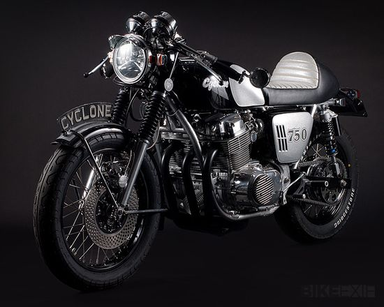 Honda CB 750 Cyclone