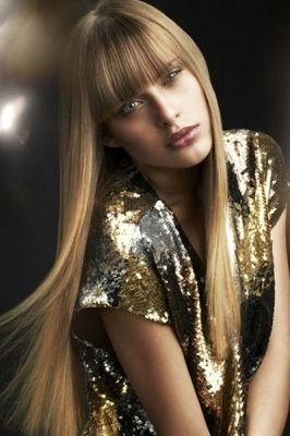 Sleek, Straight Hair with a Flawless Flat Iron