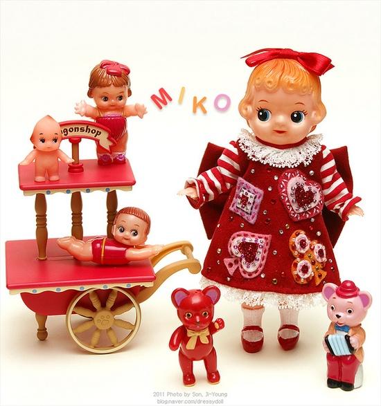 cute vintage dolls