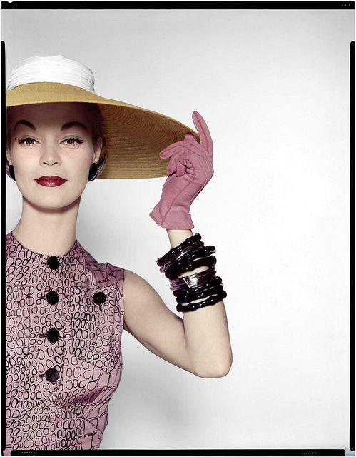 Love the stack of dark purple bangles! #hat #gloves #bracelets #vintage #fashion