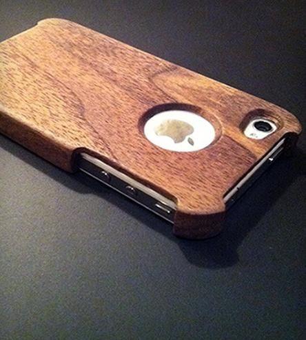 Species Case - Walnut iPhone 4 Case with PortHole