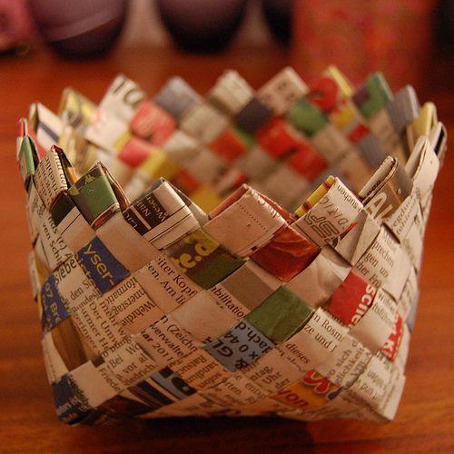 Кошница от стари вестници